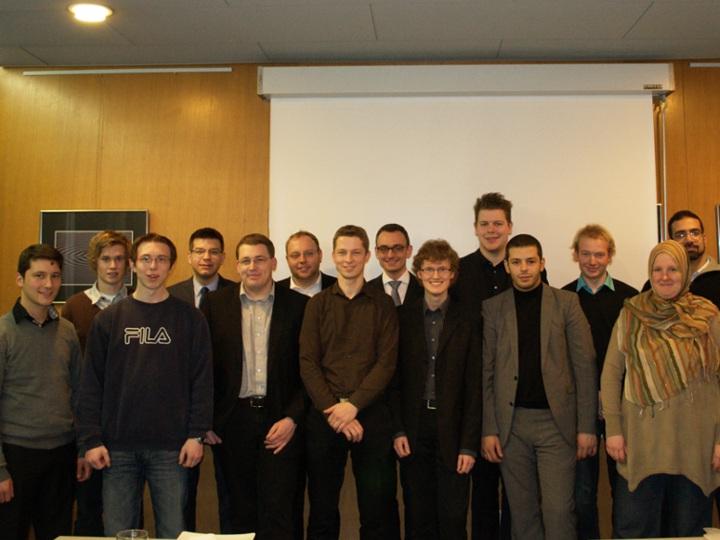 Die vierzehn Gründungsmitglieder des Forums Offene Religionspolitik (FOR)